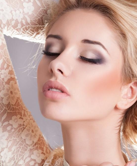 Tečaj šminkanja za mladenke
